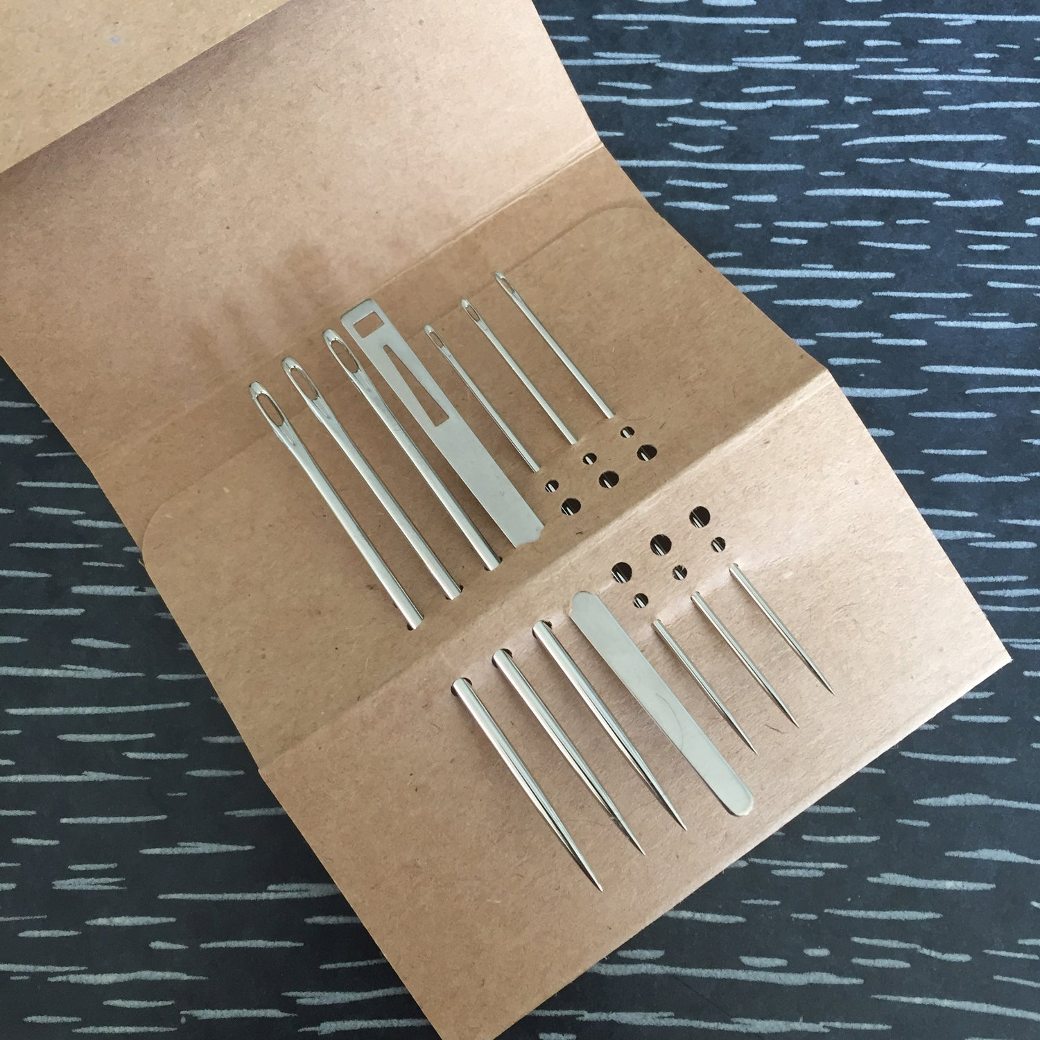 Image of Bookbinding needle set