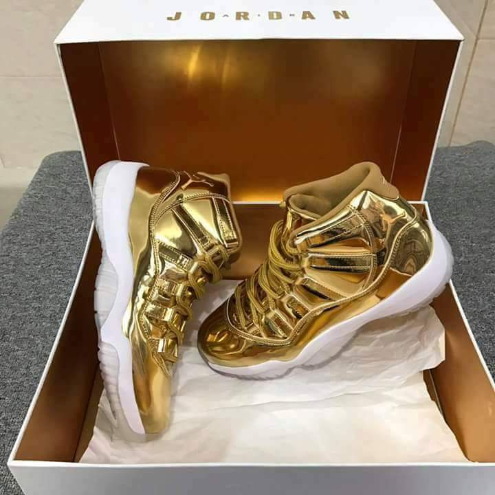 sale retailer 5b95c ddfaa Jordan Pinnacle 11s (METALLIC GOLD)