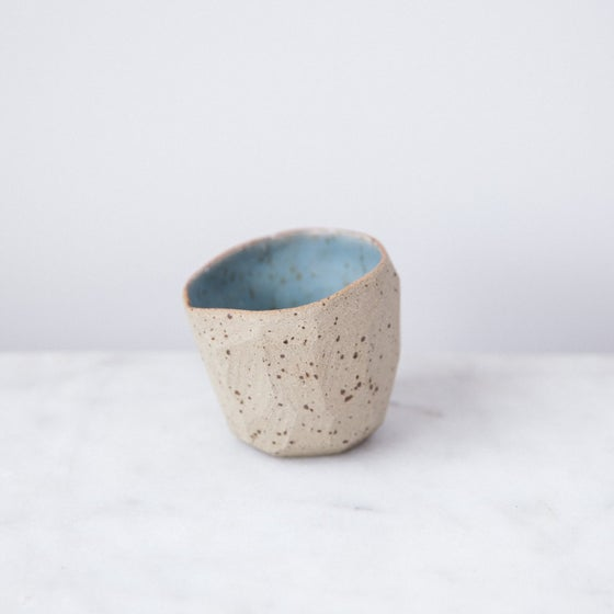 Image of Diamond pinch pot by SkandiHus - 20% off