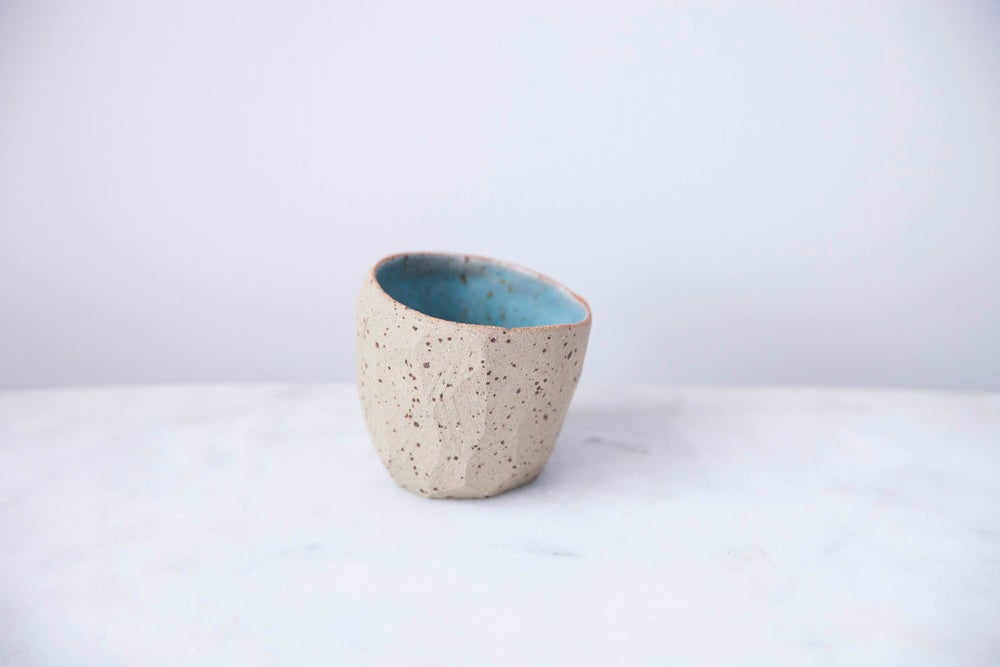 Image of Diamond pinch pot by SkandiHus