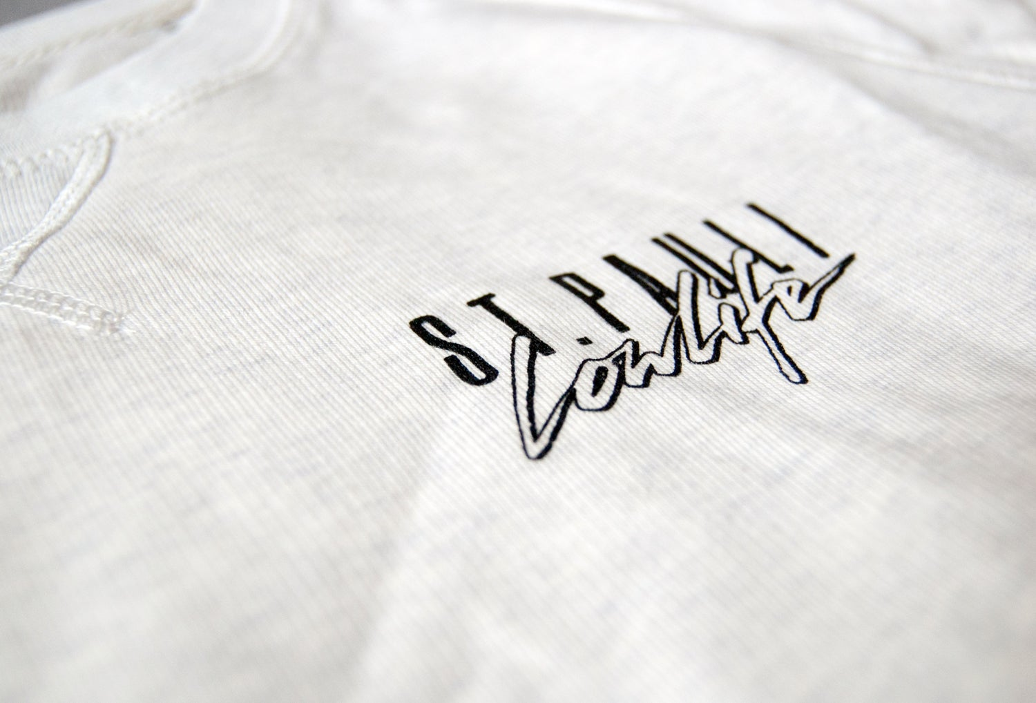 Image of Malibu Sweater // Unisex // hellgrau cream
