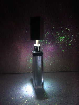 "Image of ""Glass Slipper"" LED lipgloss"
