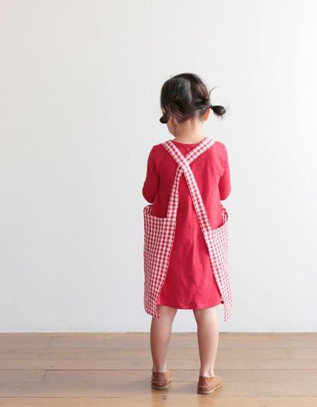 Image of Linen Kid Apron - red & white checkered