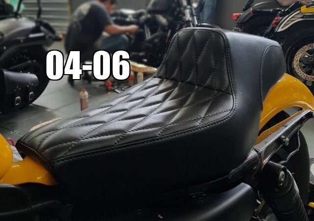 Image of Square Body Dynamite Crew vs Pedrinho Bancos Seat For Sportsters 04-06