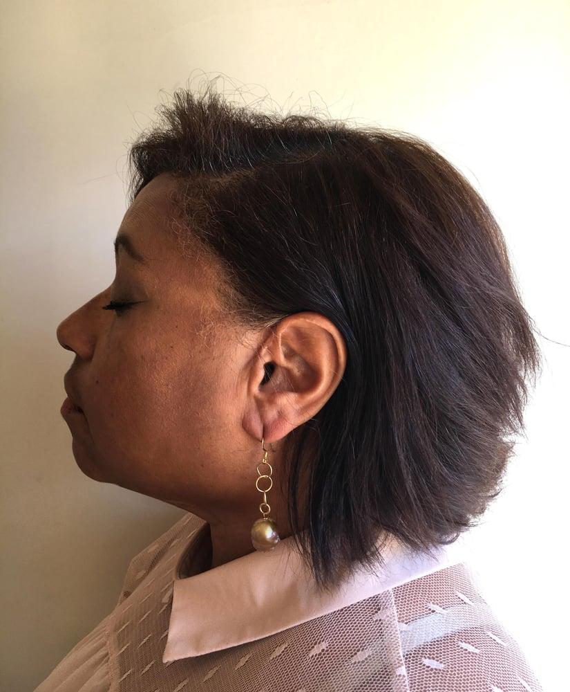 Image of Matte Chain Pearl Drop Earrings