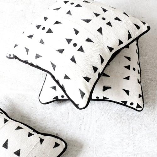 Image of Triangle Mudcloth Print Cushion