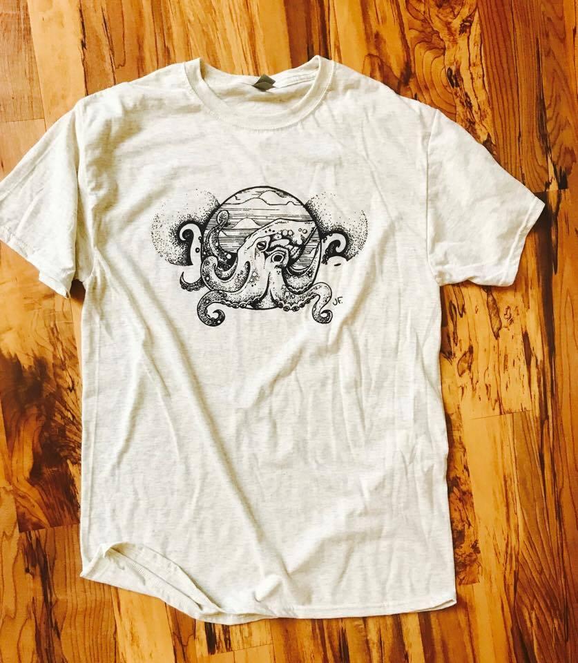 Image of Vintage Octopus Print Tri-Blend Tee