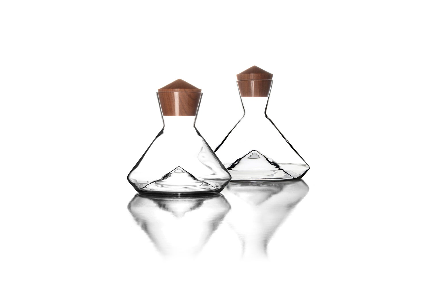 Image of Noix Decanter Stopper