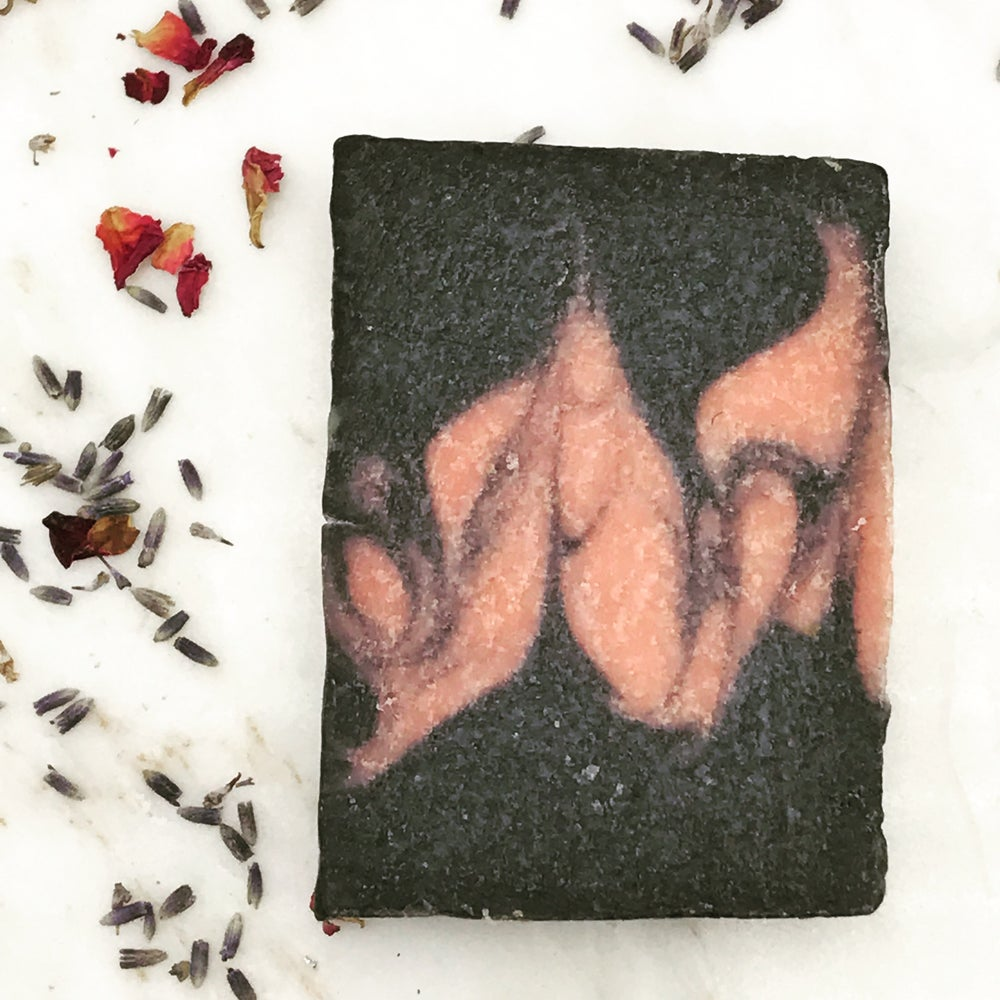 Image of Grapefruit Charcoal Soap