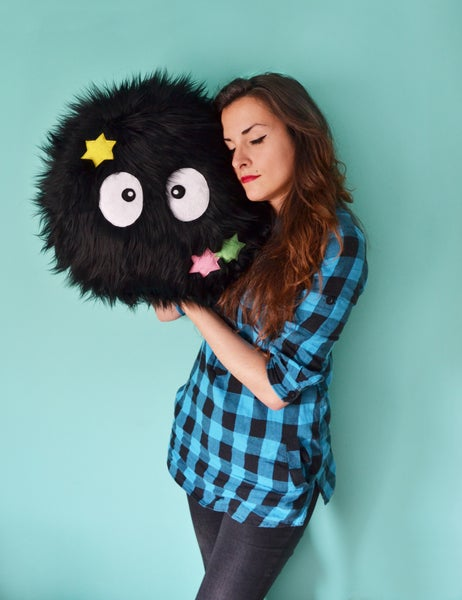 Image of Big Susuwatari pillow with stars