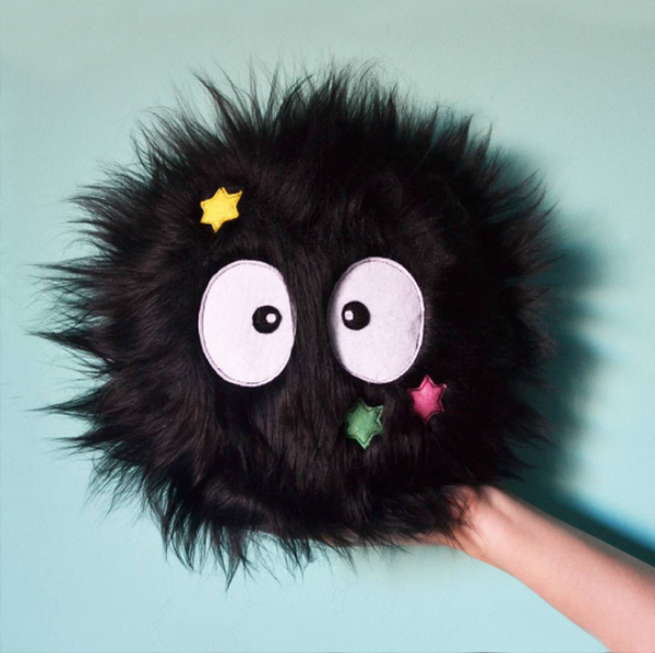 Image of Little Susuwatari with stars
