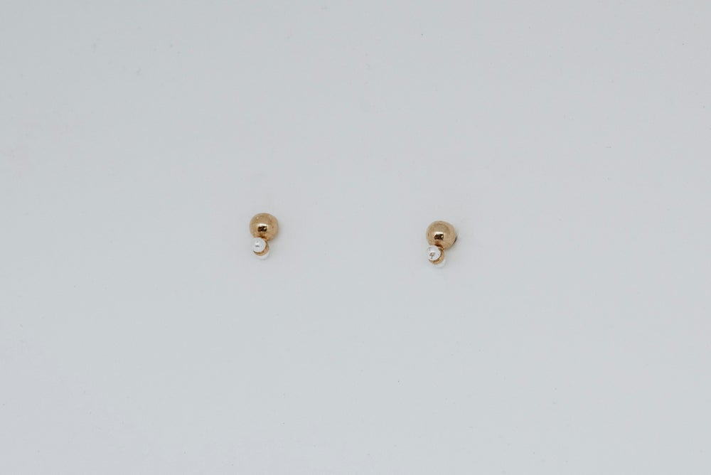 Image of Droplet studs