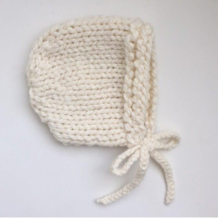 Image of tyler bonnet in cream