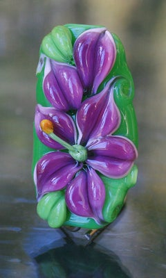 Purple lily bead 180 - capricorn dancer art glass