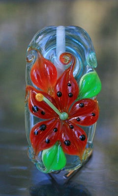 Red Tiger Lily bead 181 - capricorn dancer art glass