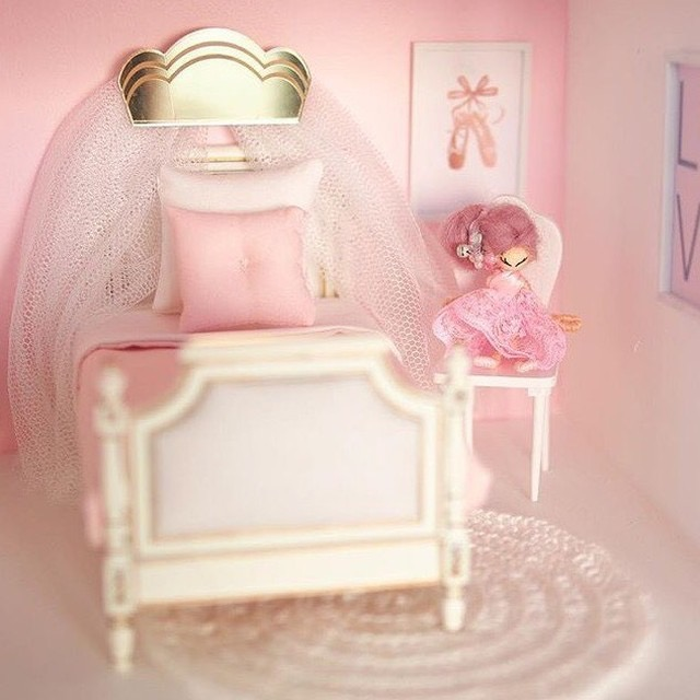 Image of Custom Decorative Bespoke Teeny Tiny Dollhouse Dolls - Made To Order