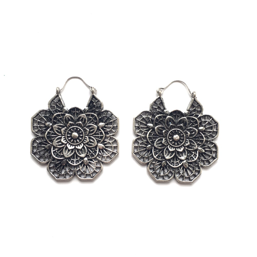 Image of Norvos earrings