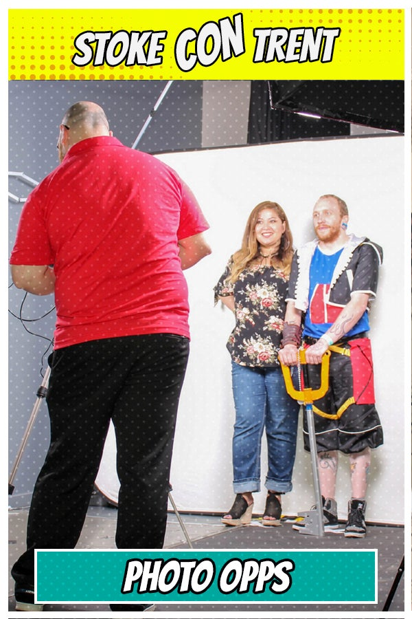 Image of Photo Opportunity with Guest at Stoke CON Trent #7
