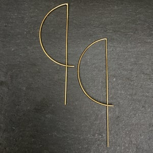 Image of Big arc earrings brass