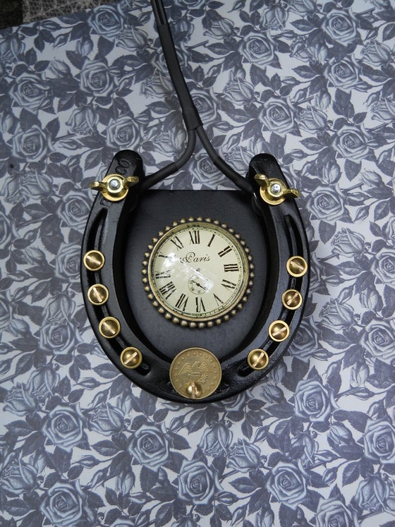 Image of DELUXE 'POCKETWATCH' HORSESHOE FOOTSWITCH