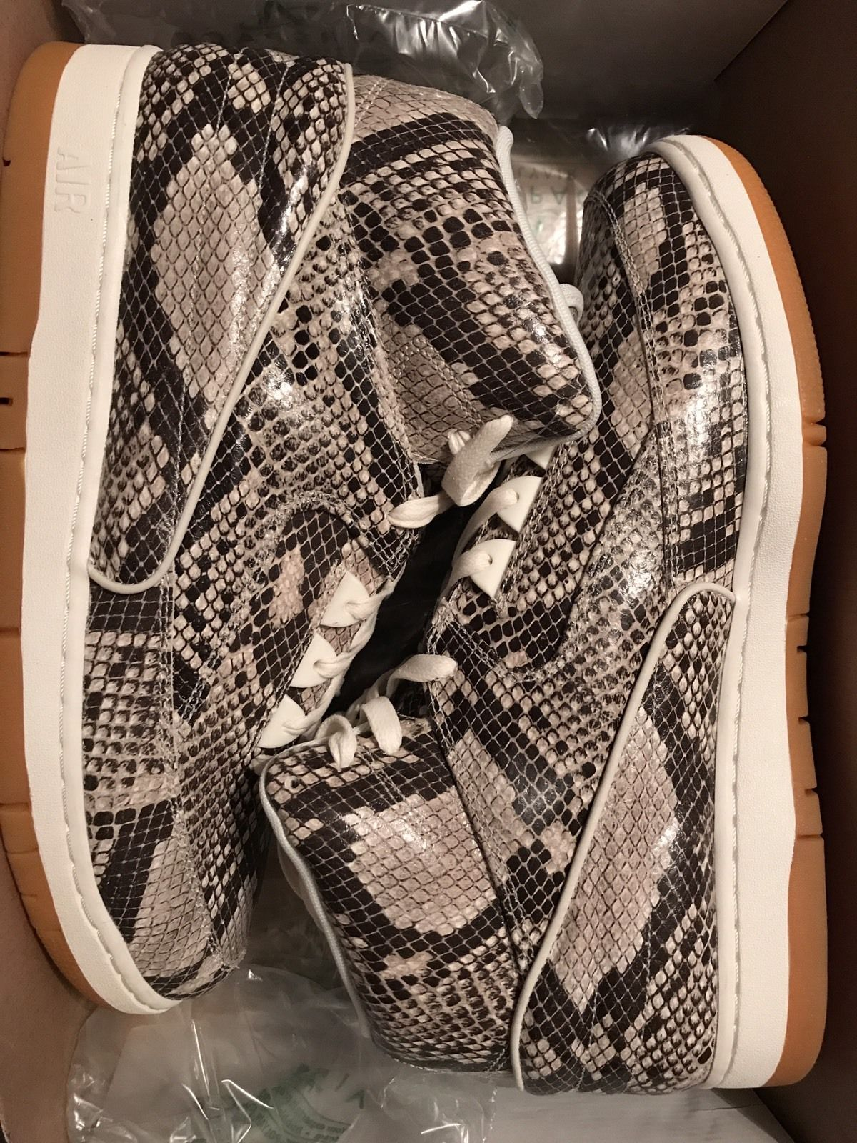 Image of NIKE AIR PYTHON PRM Brown Snakeskin 705066-201 Size 13 Authentic Used One Time