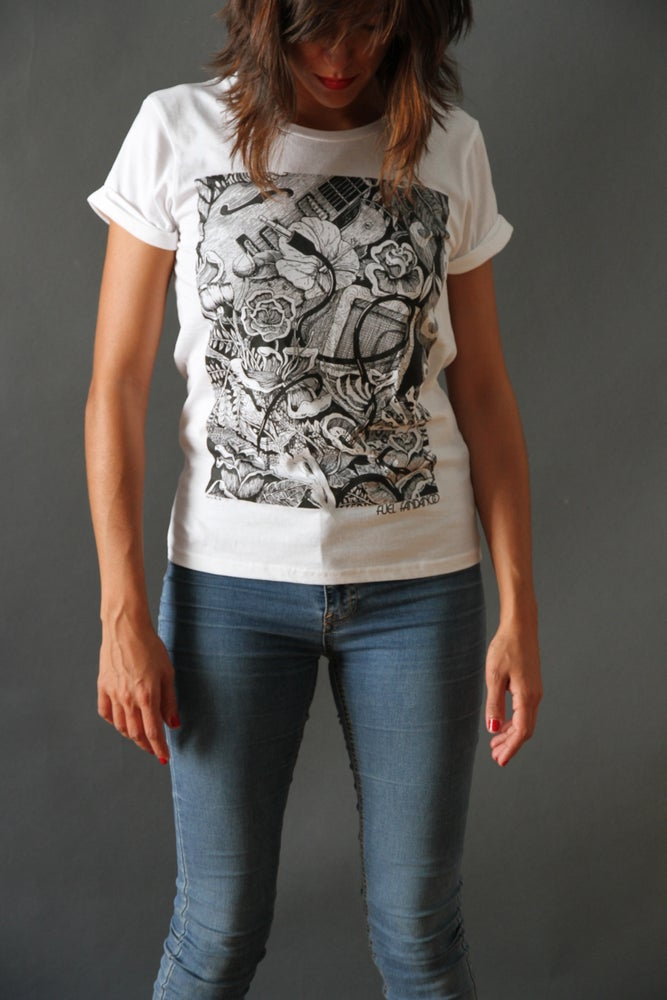 Image of Camiseta Mujer Flores