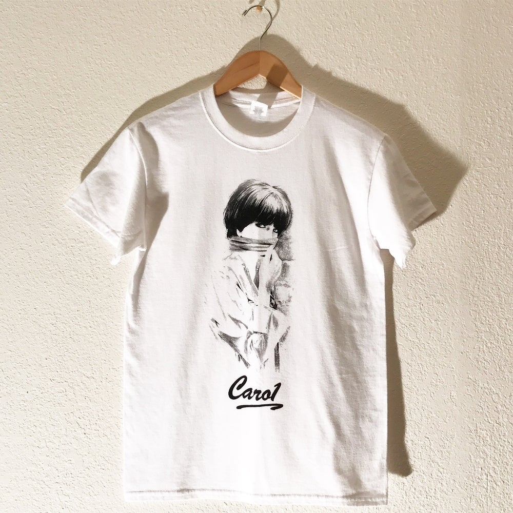 "Image of Carol ""So Low"" Tee"