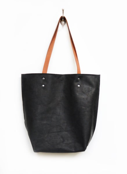 Image of Black Leather Shopper Bag, Smooth and Sturdy Leather Shoulderbag