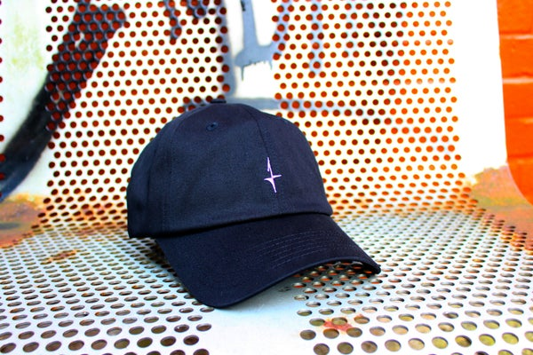 Image of CLASSIC SPORTS CAP - BLACK/PURPLE