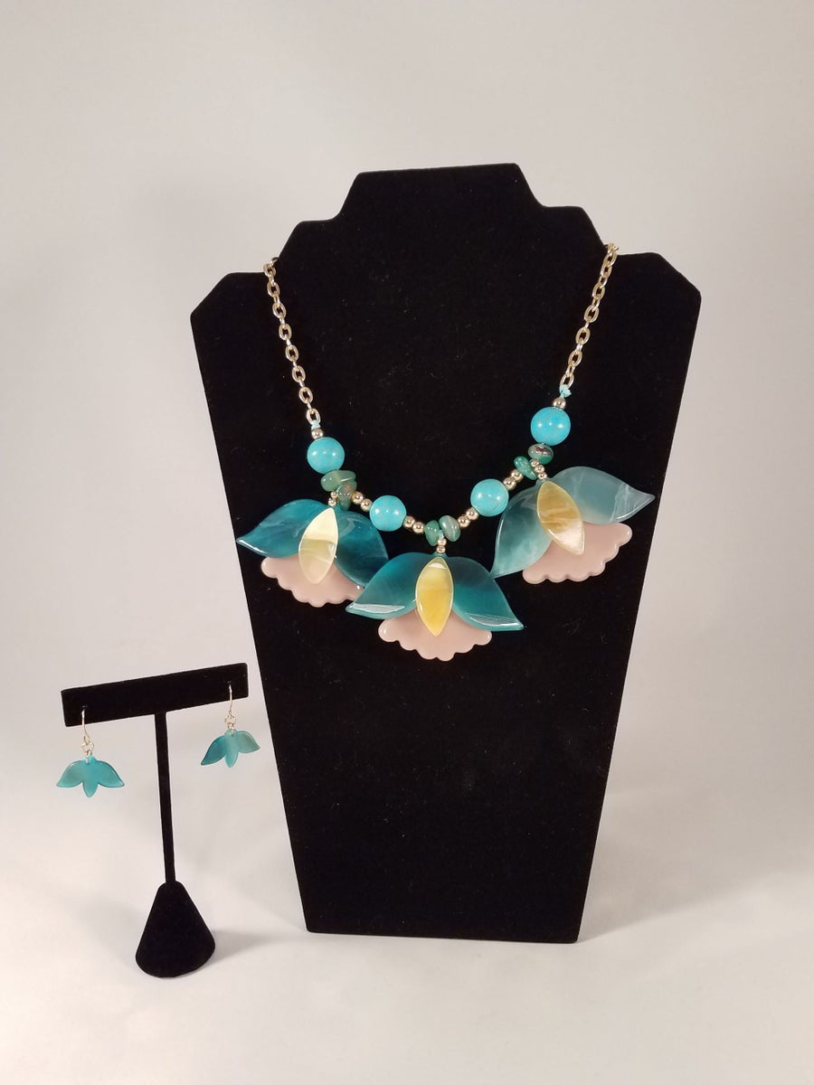 Image of Abstract Floral Necklace