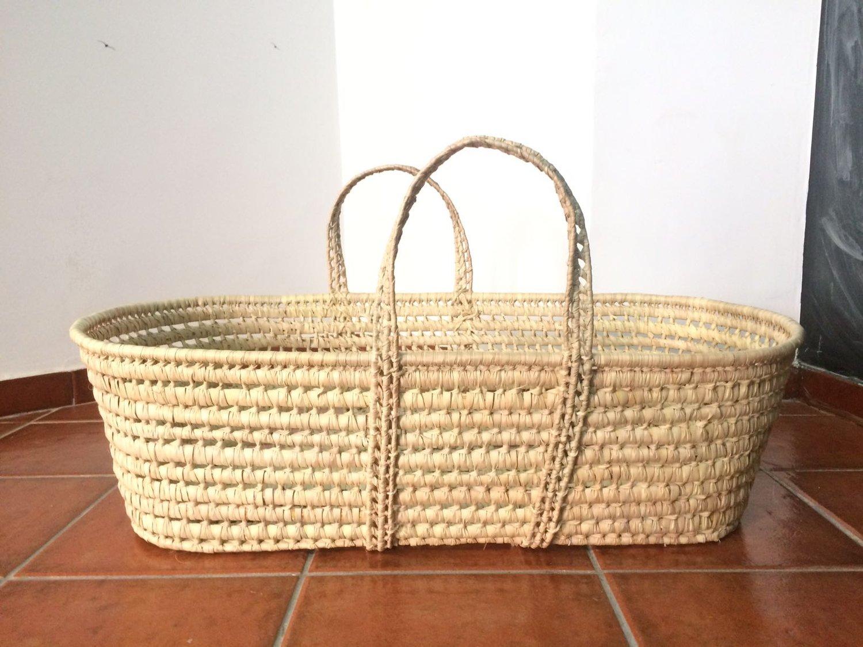 Image of Capazo de mimbre para bebé