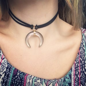 Image of Glassy Crescent Choker / Necklace - lilac / iridescent