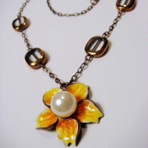 Image of Mandarin Garden Necklace