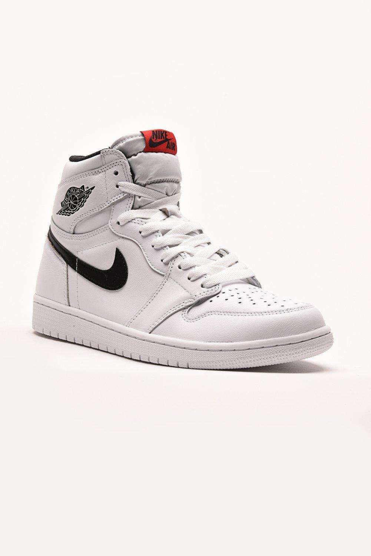 Fresh Kicks Houston — Air Jordan 1 Retro - Ying Yang White 7a6743316