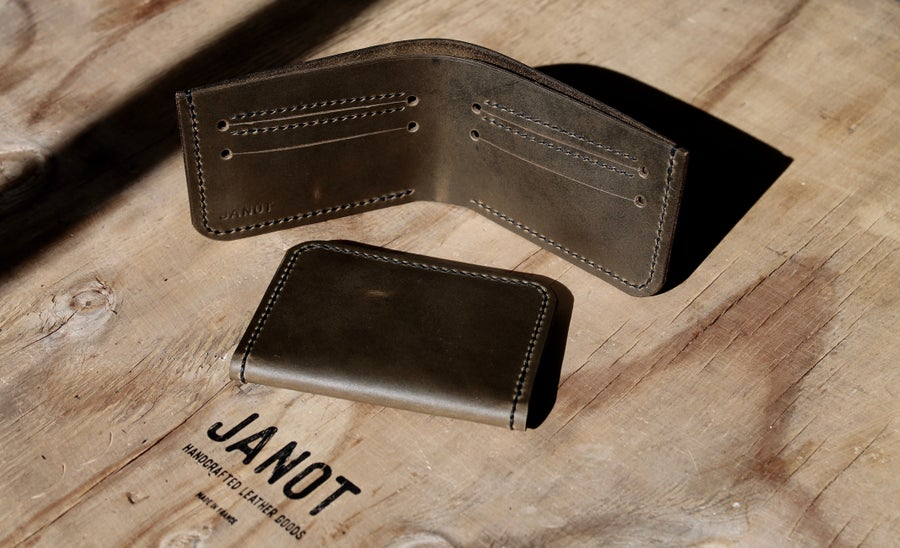 Image of Slim bifold