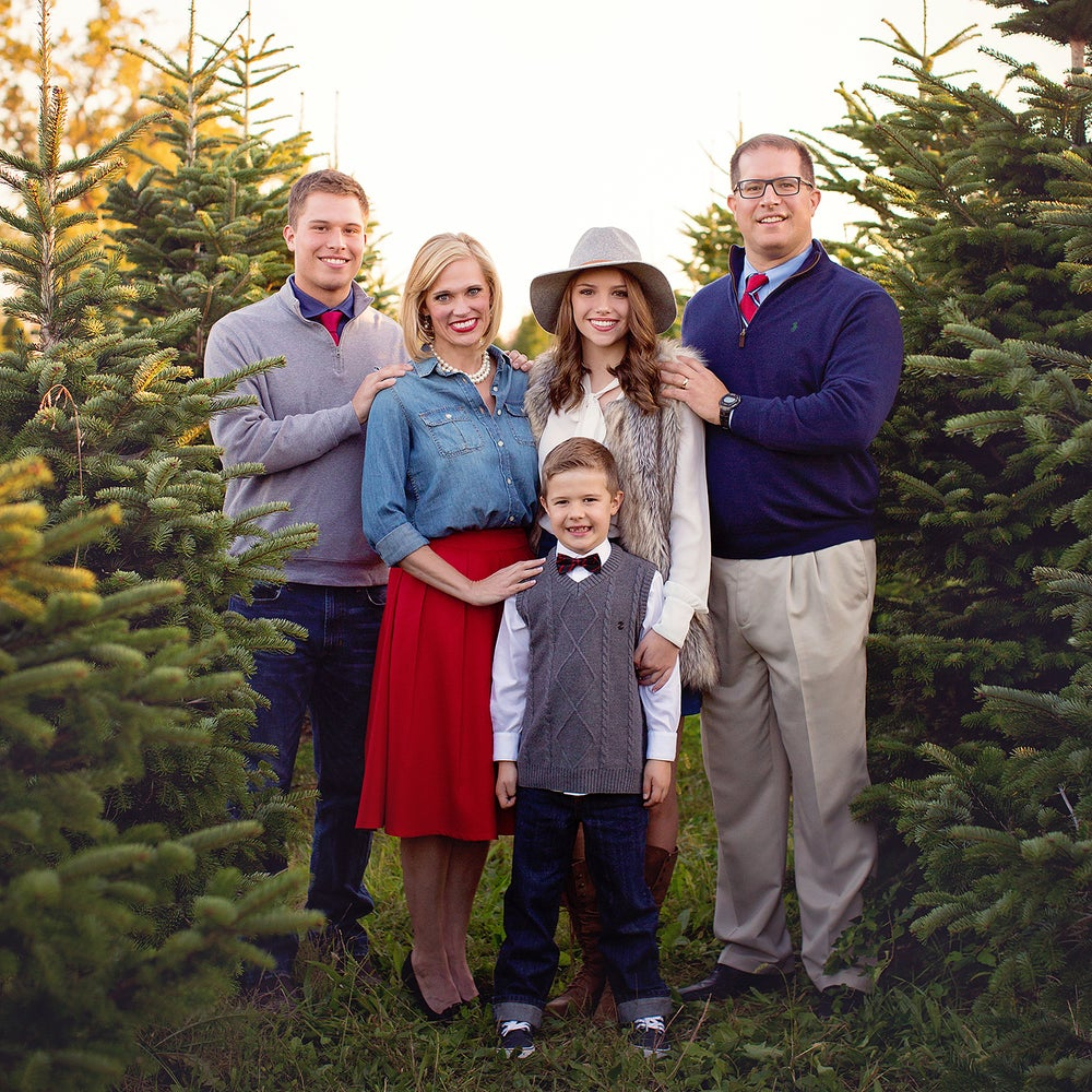 Image of Tree Farm Mini Sessions