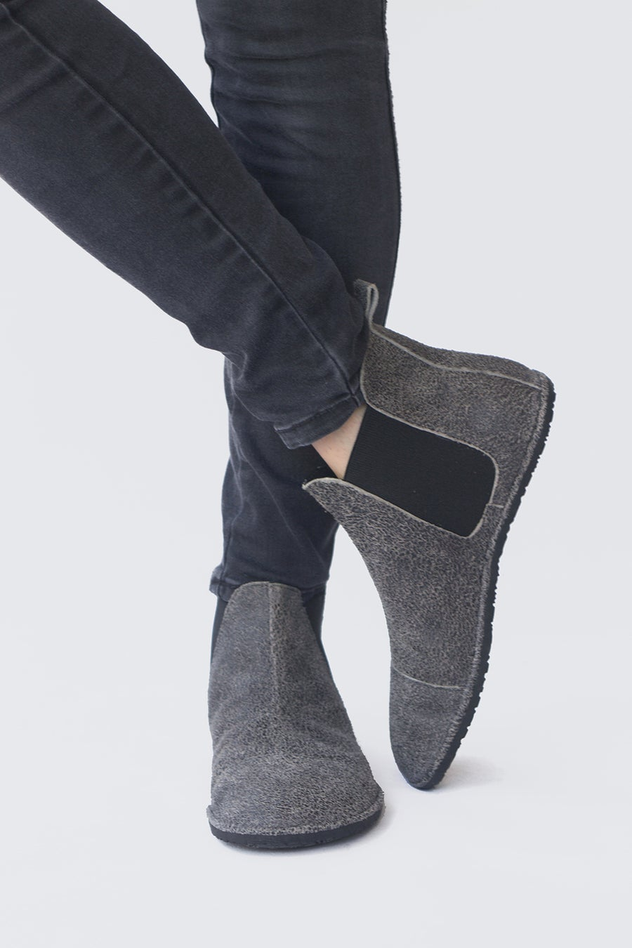 Image of Chelsea boots in Cracked Coal suede