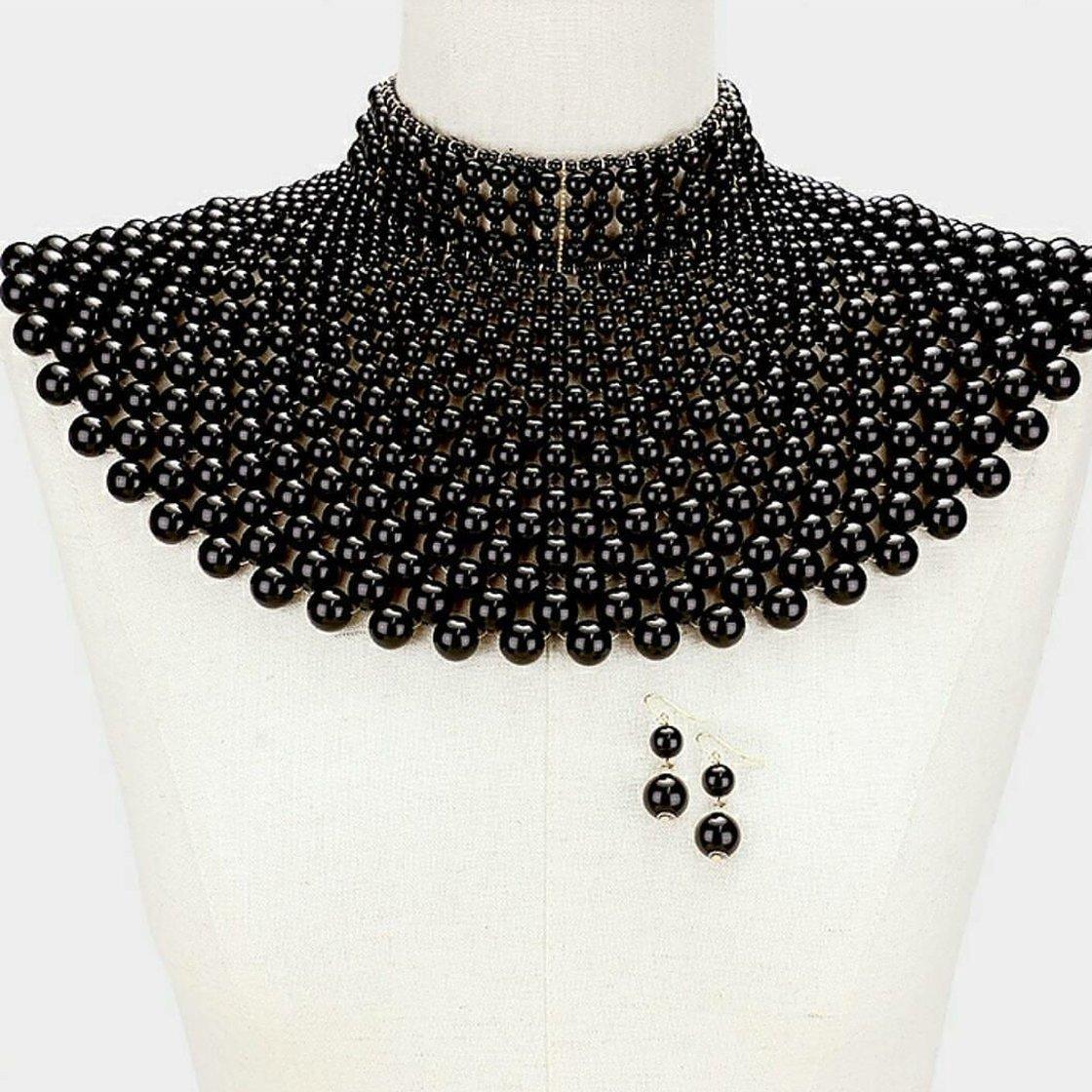 Image of Pearl shoulder necklace