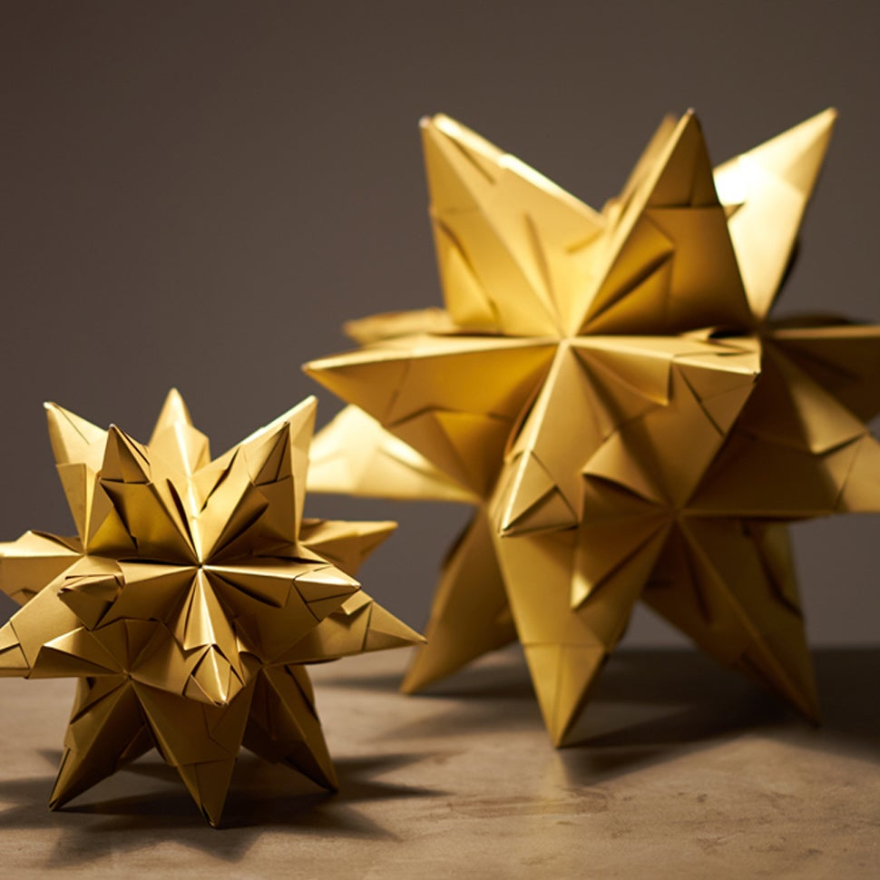Image of 3D Paper Stars - Gold