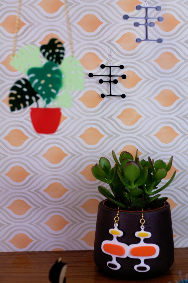 Mid Century Modern Dot Earrings - Black Heart Creatives