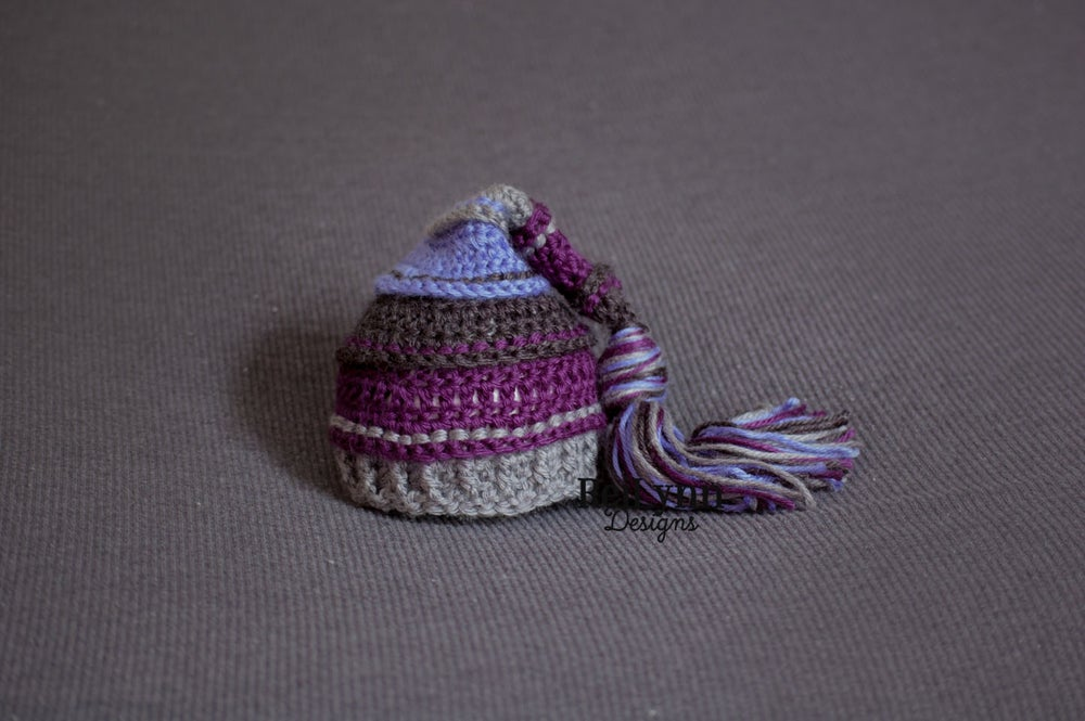 Image of Halloween Mist Tassel Hat - Charcoal, Plum, Gray and Berry