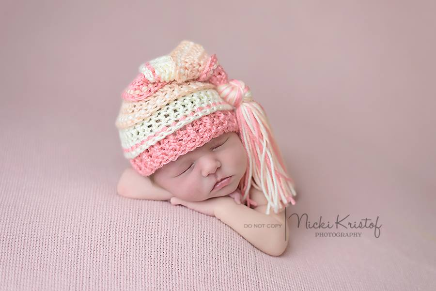 Image of Coral, Peach and Ivory Tassel Hat