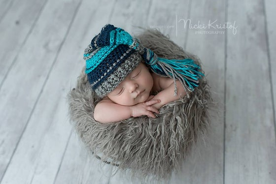 Image of Gray, Turquoise and Navy Tassel Hat