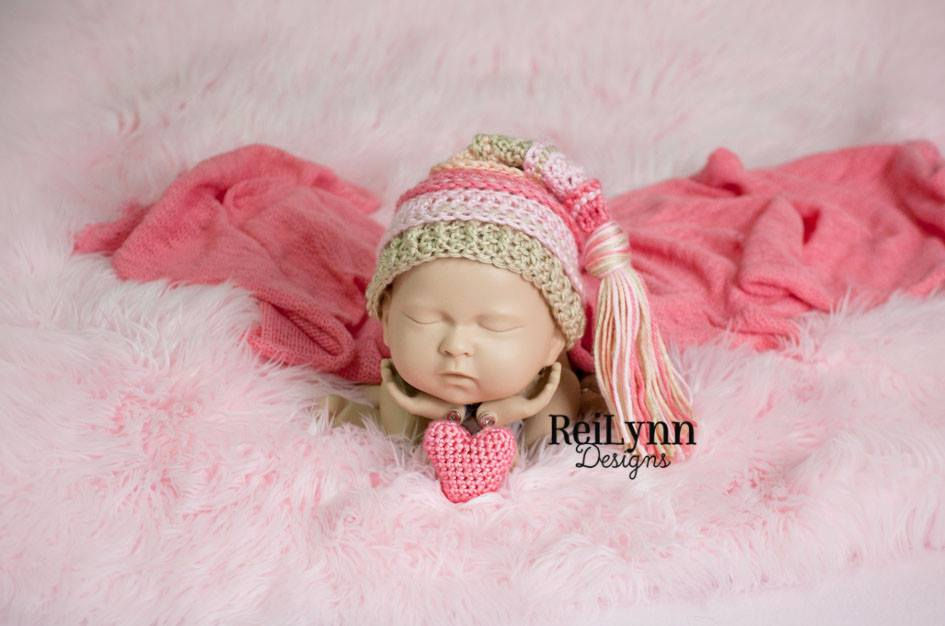 Image of Coral, Pink and Bone Tassel Hat
