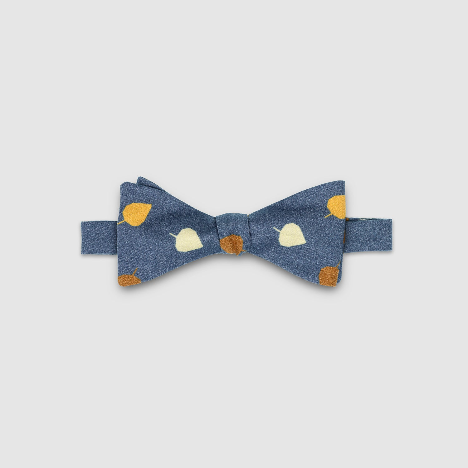 LEVIS - the bow tie