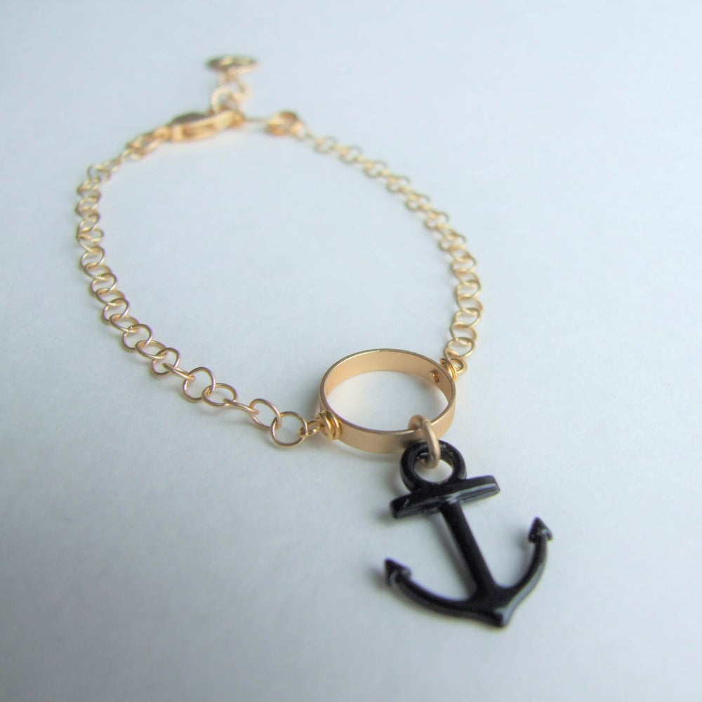 Image of Anchors Aweigh Open Circle Bracelet - Gold