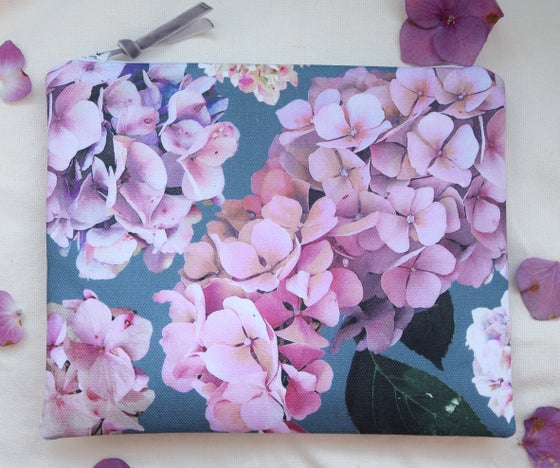 Image of Autumn Hydrangea Pouch