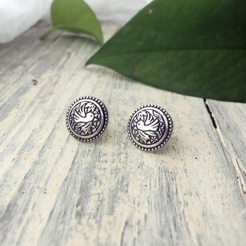 Image of Robin Stud Earrings