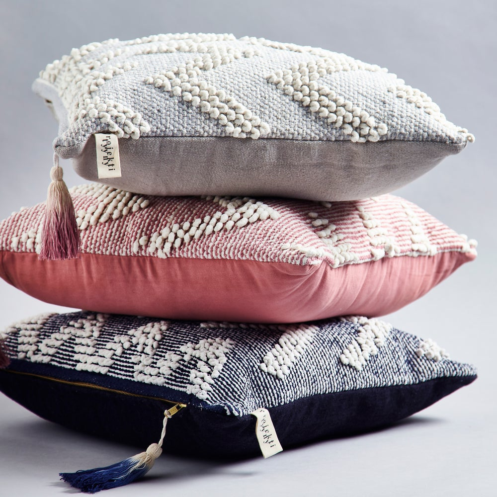 Image of A a l t o cushion, navy