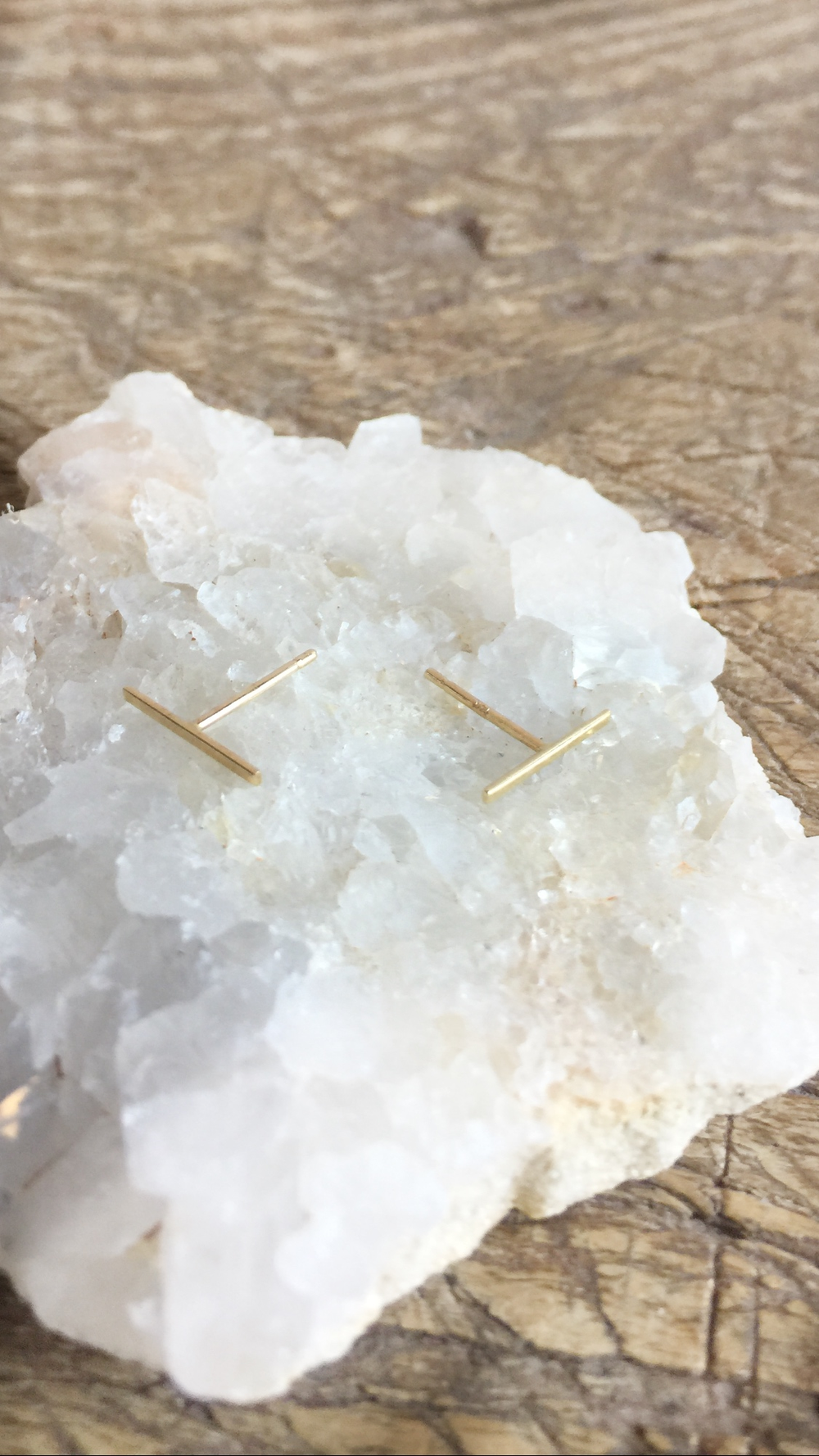 Image of Kathleen Whitaker 14k Long Staple Stud